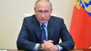 В.В. Путин работает днем и ночью над мерами поддержки россиян