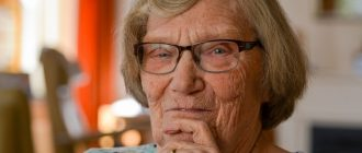 Пенсионеры могут остаться без выплат сразу после нового года