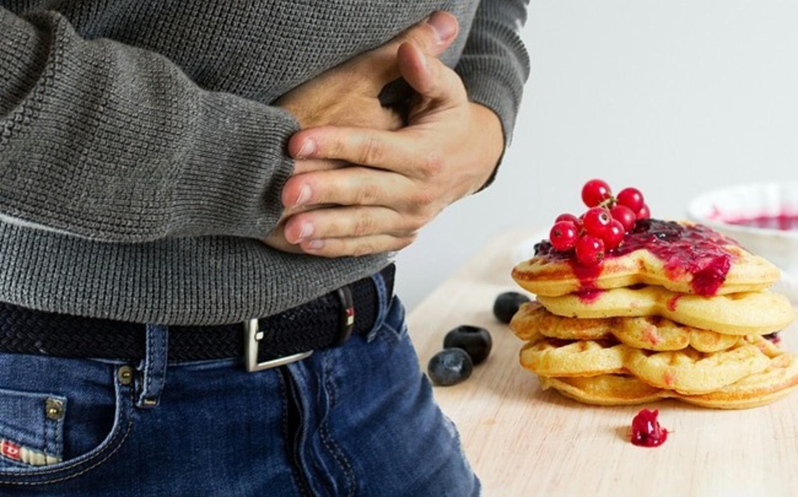 Немецкий врач перечислил три самых опасных продукта для кишечника