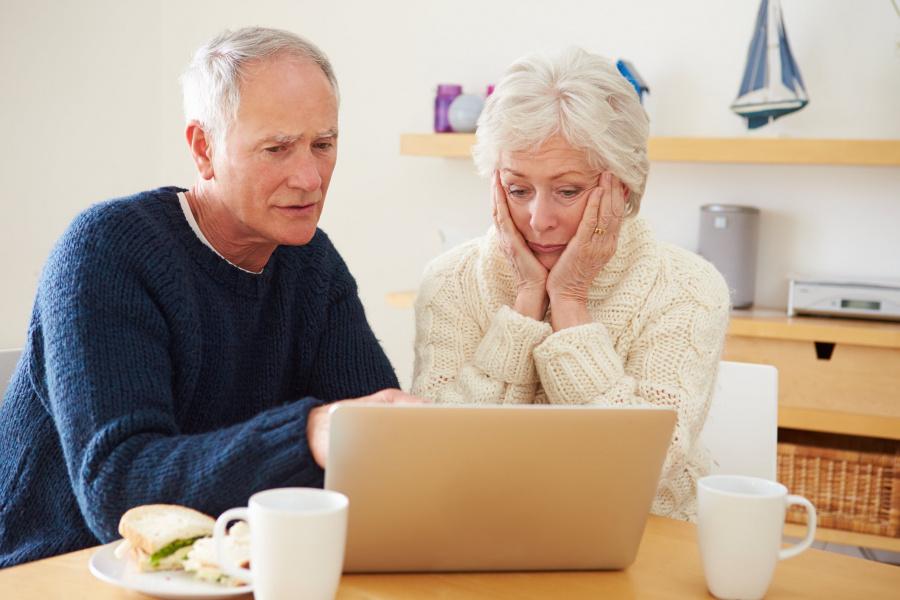 У пенсионеров старше 65 лет с 1 марта отнимают одну льготу