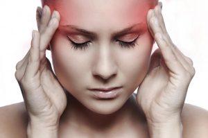 Врачи сообщили главные причины постоянных головных болей
