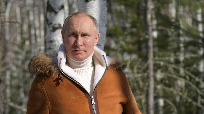 Владимир Путин рекомендует контрастные ванны для поддержания иммунитета