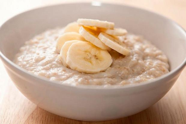 Врачи предупреждают о вреде овсянки на завтрак